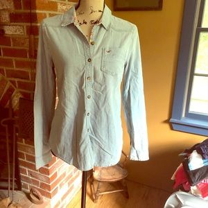 Hollister large chambray